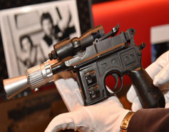 Subastan pistola láser de Han Solo en 550 mil dólares 18ba90fafd8
